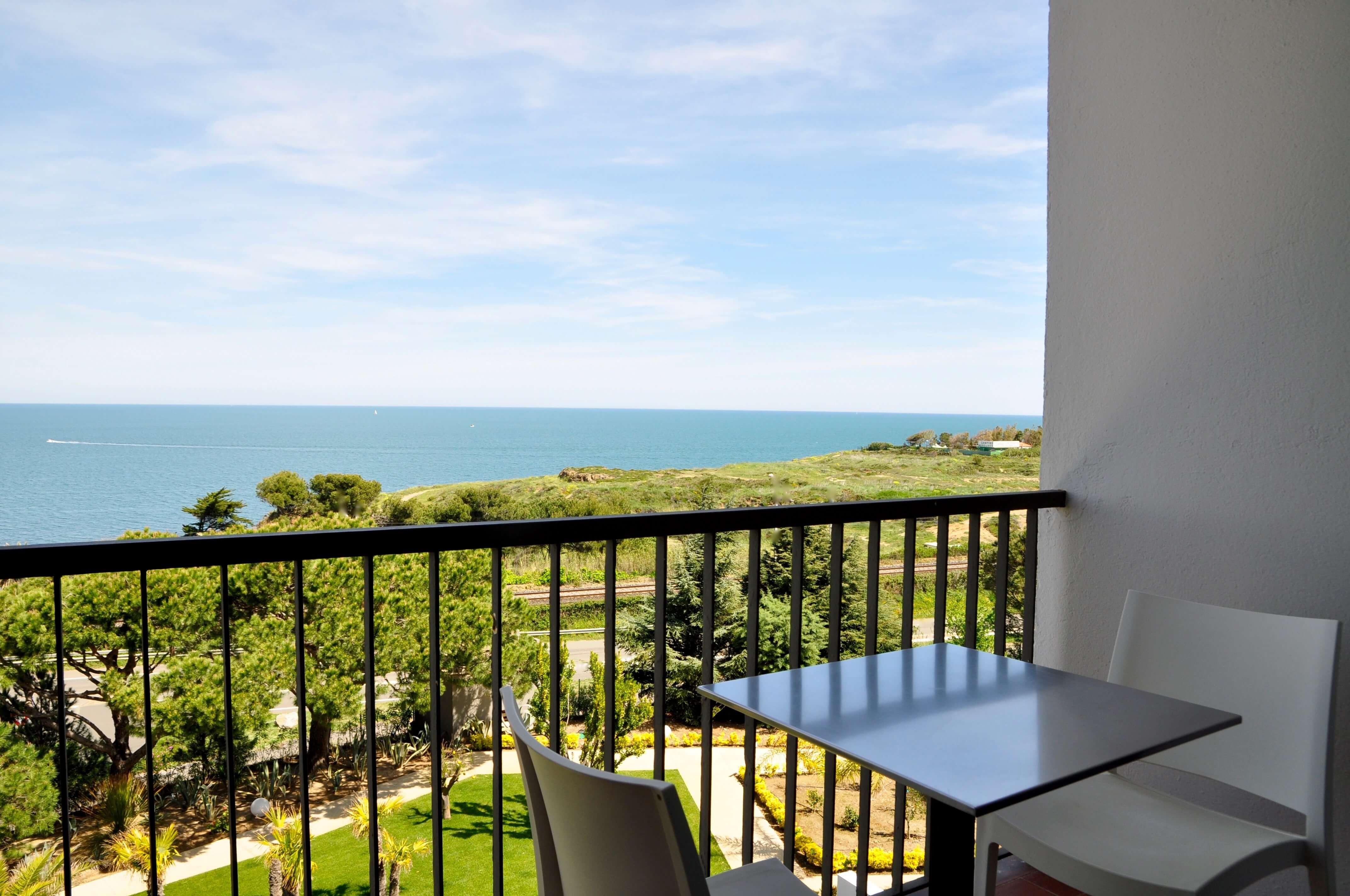 vue sur mer à collioure grand hotel du golfe